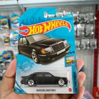 Hotwheels Mercedes Benz 500E hitam