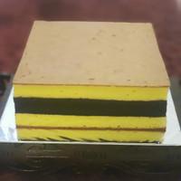 Premium Lapis Legit Cake