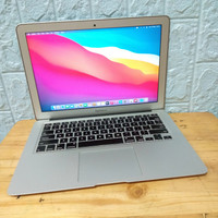 MacBook Air 13 MMGG2 Early 2015 Core i5 8GB 256GB Like New