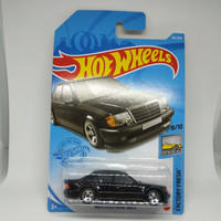hotwheels mercedes benz 500 e hitam