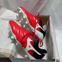 sepatu bola mizuno grade ORI sepatu olahraga bola cowok pria MURAH COD - Red Black, 39