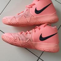 nike kyrie 4 atomic pink sepatu basket size 38.5