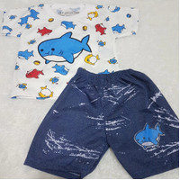 KAOS BABY SHARK / SETELAN BAJU CELANA ANAK LAKI LAKI SHARK BIRU