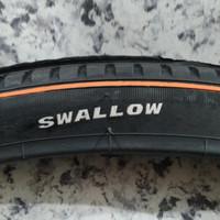 Ban Luar Sepeda Ukuran 28 x 1 1/2 Swallow