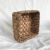 Mini Basket / Kotak Hampers / Keranjang Eceng Gondok Etnik Kotak