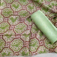 kain batik print motif ayam bahan doby trusmi cirebon