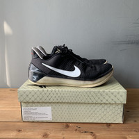 Sepatu Basket Nike Kobe AD size US 11 / EUR 45