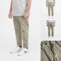 Celana Chino Pria Uniqlo Slim Fit Ankle Pants Khakis