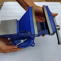 Ragum Putar Bais Catok Besi Tanggem Paron Bench Vise 5 Inch - 4 inch - 4 Inch