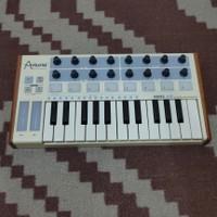Arturia Minilab Vintage MK1 MIDI Controller Keyboard