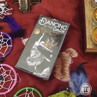 Kartu Dancing In The Dark Tarot