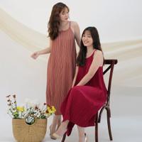 Lolliestory Adriella Pleated Midi Dress