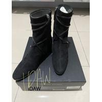 Giuseppe Zanotti. Ankle boots. Suede dan leather. Ukuran 36