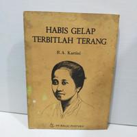Buku R.A Kartini Habis Gelap Terbitlah Terang Balai Pustaka 1979