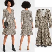 Banana republic- wrapped jersey dress- Fashion Wanita Model baju 2021
