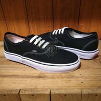 Sepatu Vans California Authentic Pria Sneakers Casual - Hitam, 40