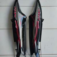 Cover Body Samping atau Belakang Mio Smile - Sporty Hitam + Striping