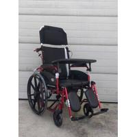 kursi roda 4 in 1 aluminium bebas karat kursi roda zeus avico premium - Merah