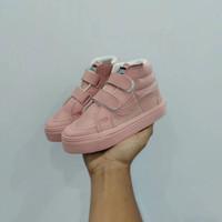 Sepatu Anak Perempuan Vans SK8 Hi Strep/Velcro Pink