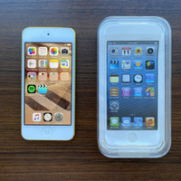 Ipod Touch 64GB 5th Generation Second
