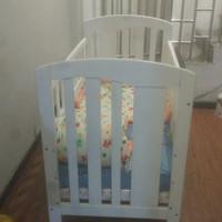 Preloved box bayi kayu plus kasur dan bumper