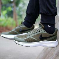 Sepatu Nike Zoom Running Guide10 Ukuran 40 - 44 - Hijau, 42