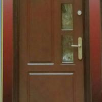 satu Kusen + satu daun pintu ( kayu mahoni mulus )