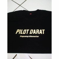 Kaos t-shirt baju pilot darat pejuang kilometer / kaos distro bismania - S