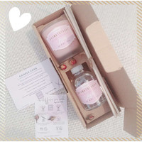 Gift Set Aromatherapy Reed Diffuser & Scented Candle LOVE