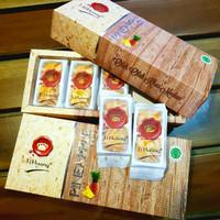 Ti Huang Taart Oleh - Oleh Khas Medan, Nastar keju/Durian/Kaastengel