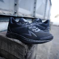 Sepatu running specs original Enerbeast black charcoal new 2021