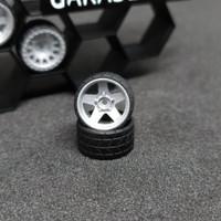 Ban Hotwheels Full Resin Bukan Karet Skala 64 Model GHKU 02