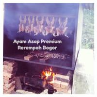 Ayam Asap Premium Rerempah Bogor / Premium Smoked Chicken (1/2 ekor)