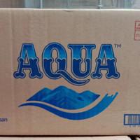 Air mineral AQUA botol 600 ml