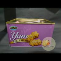 Monsta Yam Cookies Kaleng / Biskuit Keladi 700gr Malaysia