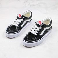 sepatu Vans Sk8 low black White original BNIB Sk 8 Hitam putih