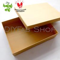 Gift Box Kotak Kado 17 x 25 tinggi 4 cm warna Coklat