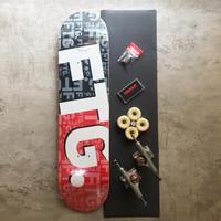 Skateboard Fullset FTG 7.8 with double hollow trucks