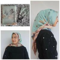 Set Jilbab Segiempat Bahan Voal dan masker motif 09