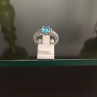 Cincin Perak Dilapisi Emas Putih Dengan Batu Blue Safir Cantik C 8017