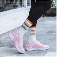Sepatu Sneakers Wanita Fashion Impor HH - Merah Muda, 37