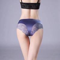 celana dalam seamless motif renda halus seksi C-016