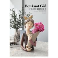 Pajangan Dekorasi Bowknot Girl  Bow Vase Ornament   Vas Bunga Girl - Baju Cokelat