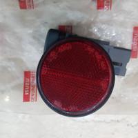 Lampu Reflektor Tanduk Belakang Mobil Avanza Tahun 2010
