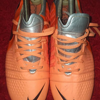 sepatu bola Nike ctr 360 trequartista III Pro SG size 44 mulus
