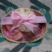 the body shop pink grapefruit gift paket seserahan kado murah