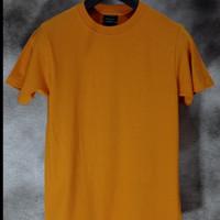 Awkward - Kaos Polos 24s tanpa jahitan samping Mustard - M