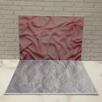 Alas Foto 3D Background Foto 3D A1 motif selimut pink dan bulu bulu