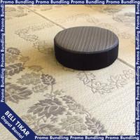 Paket Hemat Tikar Bunga Persegi Cokelat & Bantal Igusa lingkaran
