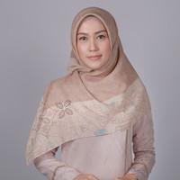 Zoya Mukuna Scarf - Hijab Kerudung Segi Empat
